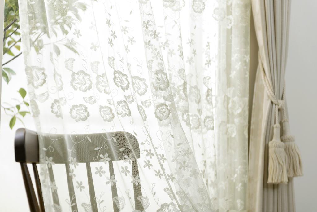 エレガントレースカーテンイメージ