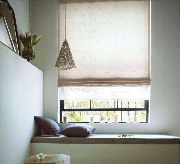 天窓に収まったシェードカーテンイメージU-6014