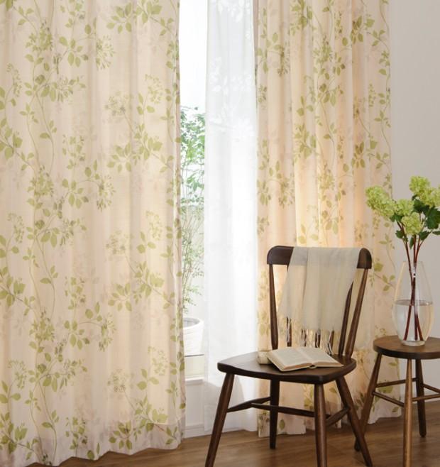 部屋の色に合わせたカーテン イメージ画像