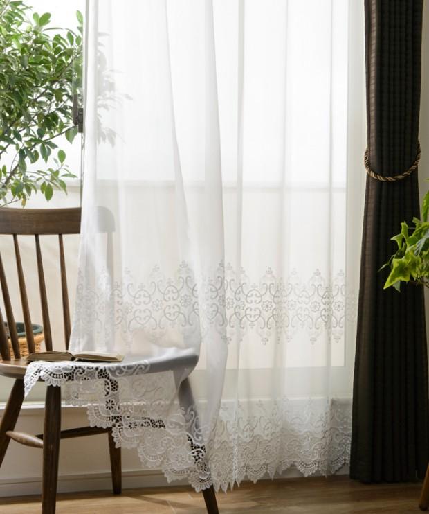 エレガント裾刺繍レースカーテン