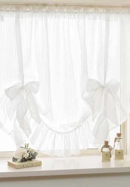 小窓カーテンコーディネート