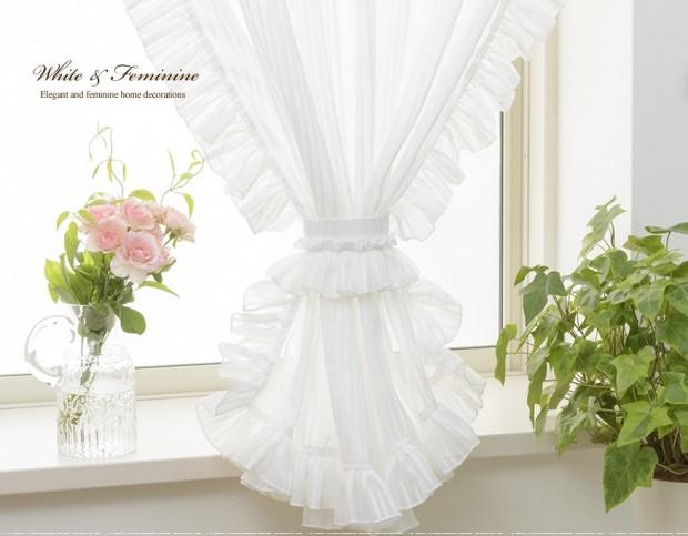 コの字フリル小窓カーテン