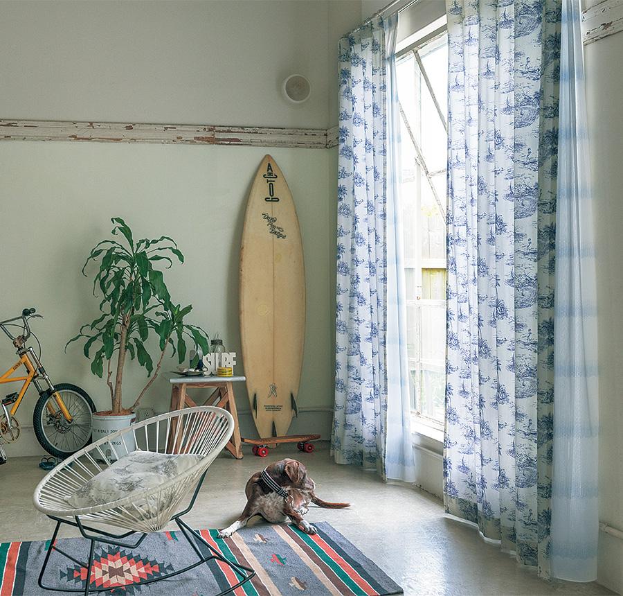 ハワイアンモチーフのおしゃれカーテン
