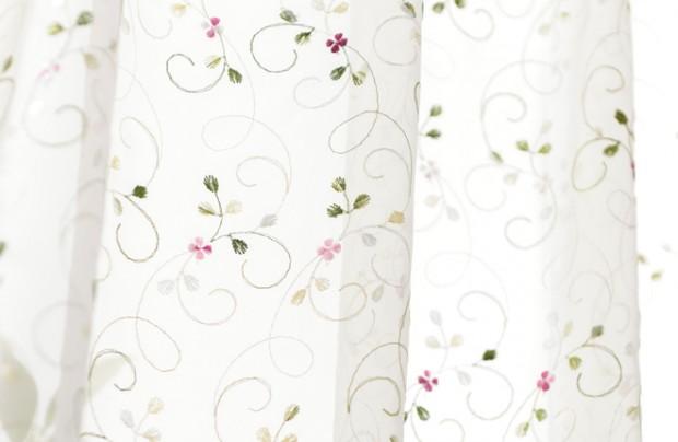 カラフルフラワーのおすすめ刺繍レースカーテン