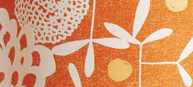 南東の方角におすすめなオレンジのカーテン