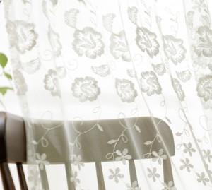 おしゃれなおすすめ花刺繍レースカーテン