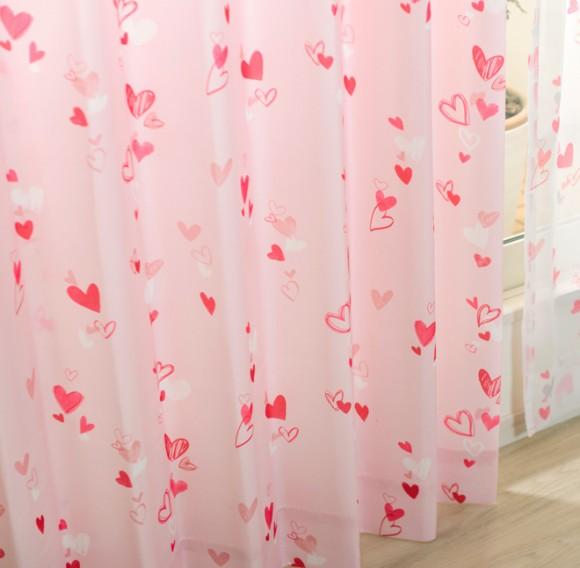 女の子に人気。ピンクのカーテン エンジェル