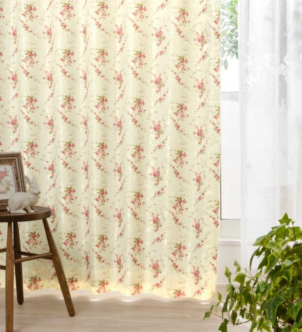 保温効果による節電も期待できる防寒カーテン