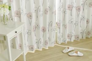 かわいい花柄・イラスト花柄のカーテン