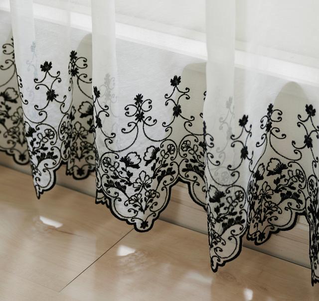 おすすめのトルコ刺繍レースカーテン「メラニー」
